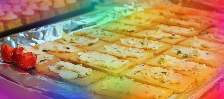Toast med snøfrisk, rød løkersille_redigerad-1